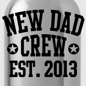 NEW DAD CREW EST 2013 T-Shirt HN - Water Bottle
