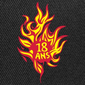18 ans flamme feu brule anniversaire Tee shirts - Casquette snapback