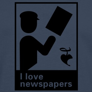 I love newspapers T-Shirts - Männer Premium Langarmshirt