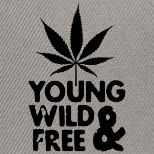 young wild and free weed leaf Sweat-shirts - Casquette snapback