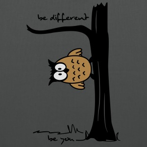 Eule auf Baum be different, be you T-Shirts - Stoffbeutel