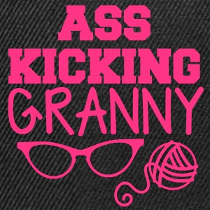 Ass kicking GRANNY with glasses and wool T-Shirts - Snapback Cap