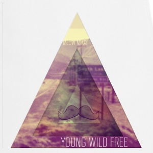 MOUSTACHE+TRIANGLE+YOUNG WILD FREE+HIPSTER+EYE T-Shirts - Kochschürze