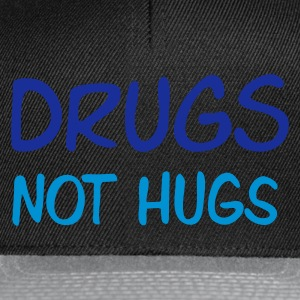 Sand beige drugs not hugs Men's T-Shirts - Snapback-caps