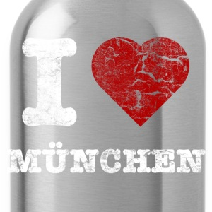 i_love_muenchen_vintage_hell Shirts - Water Bottle