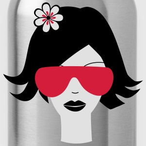 Modern summer girl T-Shirts - Water Bottle