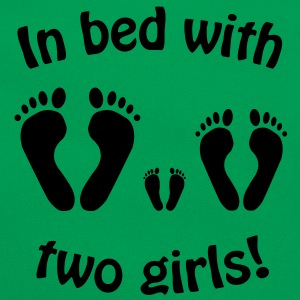 In bed with two girls, baby, mama, papa, girl - Retro Tasche