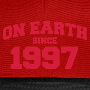 Rose clair onearth1997 T-shirts - Casquette snapback