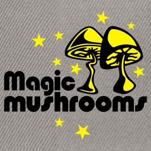 Grass Green Magic mushrooms T-Shirt - Snapback Cap
