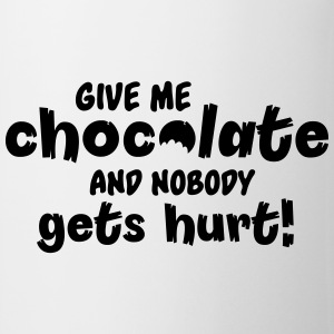 Give me chocolate and nobody gets hurt! T-skjorter - Kopp