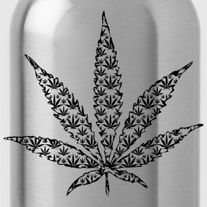 cannabis leaf T-Shirts - Water Bottle
