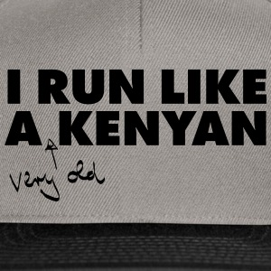 I Run Like A (Very Old) Kenyan T-skjorter - Snapback-caps