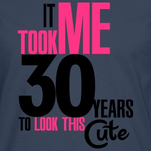 It took me 30 years to look this cute T-shirts - Mannen Premium shirt met lange mouwen