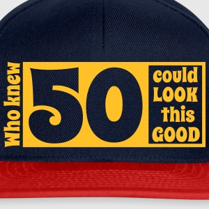 Who knew 50 could look this good! T-skjorter - Snapback-caps