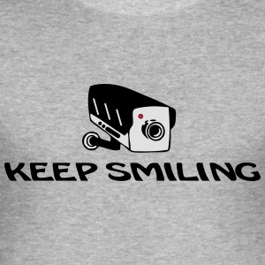 Keep Smiling Kamera Pullover & Hoodies - Männer Slim Fit T-Shirt