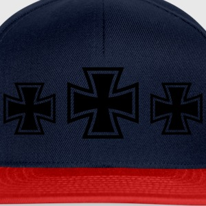 3 Iron Cross T-skjorter - Snapback-caps