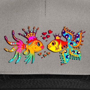 FISH IN LOVE, Bubbles, Sea, Ocean, Holiday, Surf P - Snapback Cap