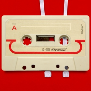 vintage tape: compact cassette - Contrast hoodie