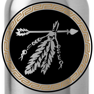 Arrow with feathers, Native American Indian tribes Hoodies & Sweatshirts - Water Bottle