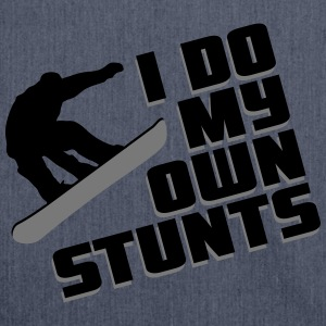 Snowboard: I do my own stunts T-Shirts - Schultertasche aus Recycling-Material