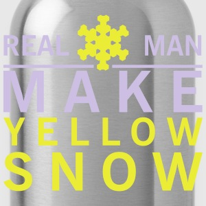 Real man make yellow snow T-Shirts - Trinkflasche
