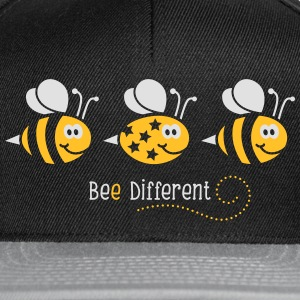 Be different - be yourself - Biene - Bee - 2C T-Shirts - Snapback Cap