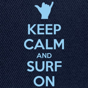 Keep Calm and Surf on Camisetas - Gorra Snapback