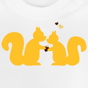 squirrels in love couple ardillas en el amor de pareja Camisetas - Camiseta bebé