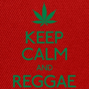 keep calm and Reggae bevar roen og reggae T-shirts - Snapback Cap