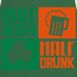 St. Patrick's day: Half irish, half drunk T-shirts - Keukenschort