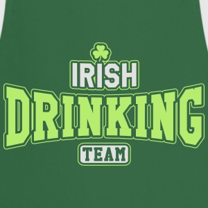 St. Patrick's day: Irish drinking team T-shirts - Keukenschort