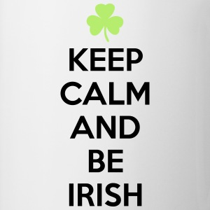 St. Patrick's day: Keep calm and be irish T-skjorter - Kopp
