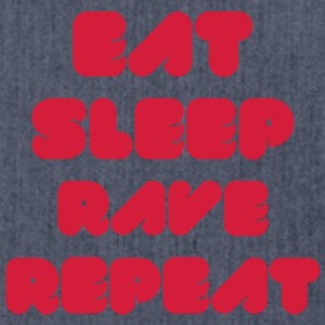 EAT SLEEP RAVE REPEAT T-Shirts - Schultertasche aus Recycling-Material