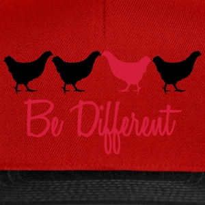 Be Different Huhn mit Text T-Shirts - Snapback Cap