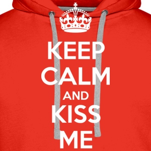 Keep Calm and Kiss Me (dark) Tee shirts - Sweat-shirt à capuche Premium pour hommes