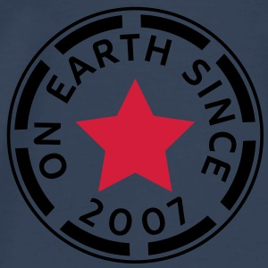 on earth since 2007 (no) Topper - Premium T-skjorte for menn