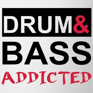 Drum and Bass Addicted Party T-Shirt T-Shirts - Tasse