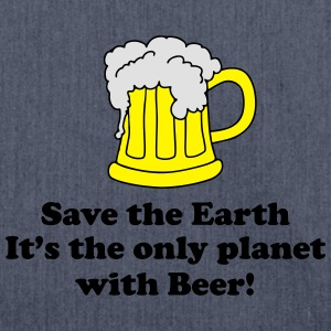 save earth and beer T-Shirts - Schultertasche aus Recycling-Material