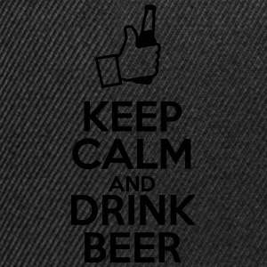 Keep Calm and drink beer, Keep Calm and, Humor T-skjorter - Snapback-caps