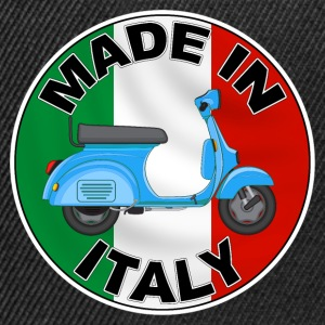 made in italy 02 T-Shirts - Snapback Cap
