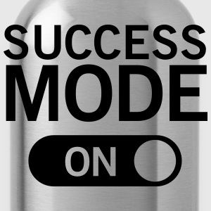 Success_mode (On) T-Shirts - Trinkflasche