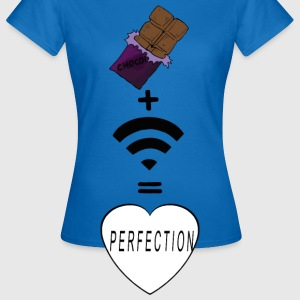 Perfection Flaschen & Tassen - Frauen T-Shirt