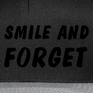 smile and forget Långärmade T-shirts - Snapbackkeps