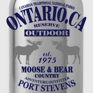 Canada - Moose & Bear Country T-Shirts - Water Bottle