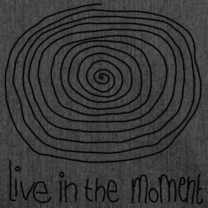 Live In The Moment T-shirts - Skuldertaske af recycling-material