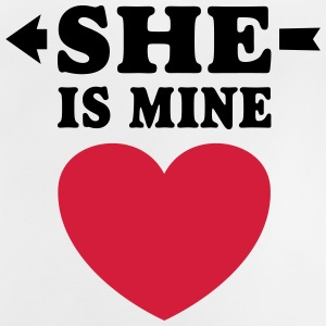 She is Mine I love you my Girlfriend te amo mi nov Camisetas - Camiseta bebé
