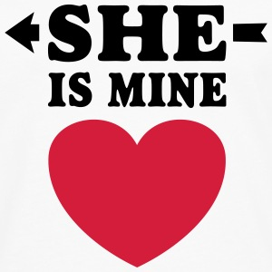 She is Mine I love you my Girlfriend Hou van je Shirts - Mannen Premium shirt met lange mouwen