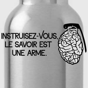 Le savoir est une arme - knowledge is a weapon Skjorter med lange armer - Drikkeflaske