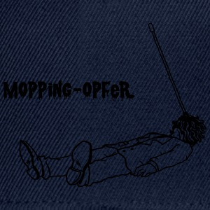 Mopping-Opfer T-Shirts - Snapback Cap