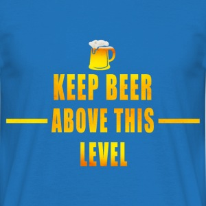 beer shirt Hoodies & Sweatshirts - Men's T-Shirt